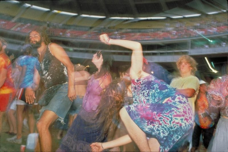 Acid_Reign_dancers_RFK_1_ss