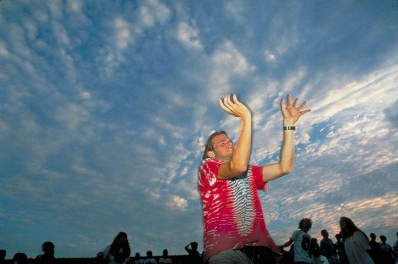 Acid_Reign_sky_hands_guy_Indiana_ss