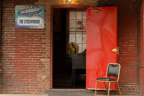 The_Steelworker_bar_Lewistown_PA_016_sm