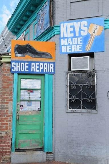 Shoe_Repair_shop_Mt_Pleasant_DC_002_sm