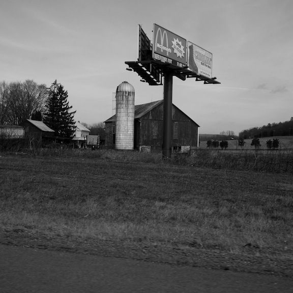 Drive_in_PA_12-10_bw_009_p