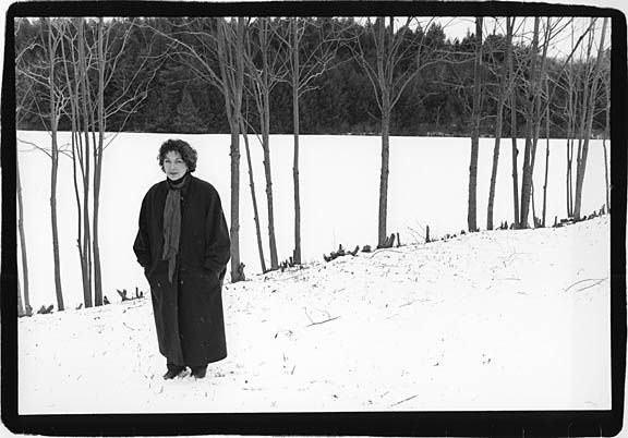 Adrienne_Cooper_in_snow_horizontal_001_sm