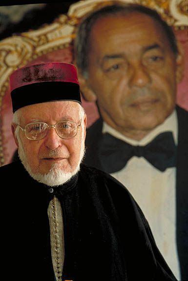 Grand_Rabbi_w-_picture_sm