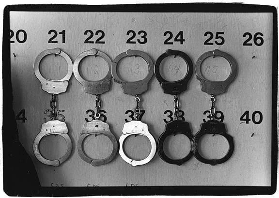 Prison_handcuffs_sm-c14