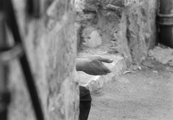 Beggars_hand_Jerusalem_bw_sm