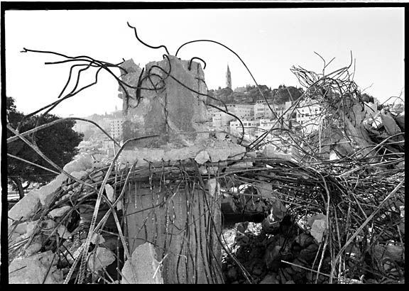 c50-Destroyed_house_7_sm