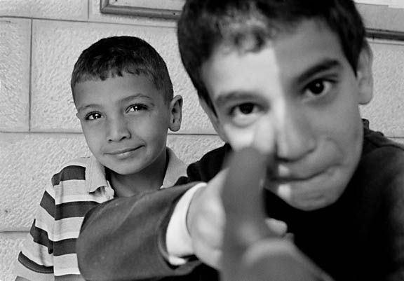c61-Palestinian_boys_com._center_sm