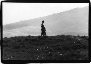 Emma on ridge-County Kerry sm.jpg