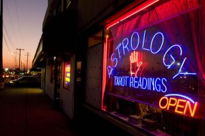 CPDP fortune teller neon sign 3200 block Columbia Pike 017 ss.jpg